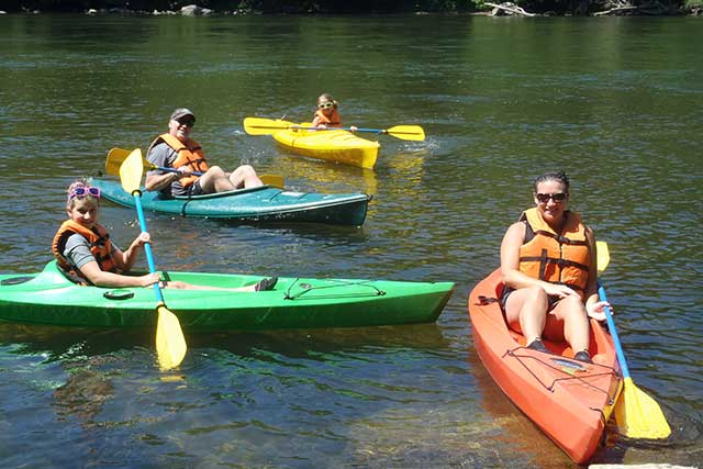 small-family-kayak