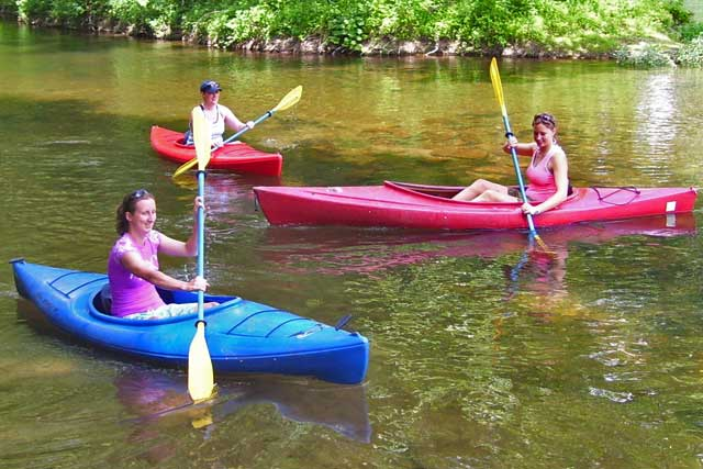 Family kayaking on the New River